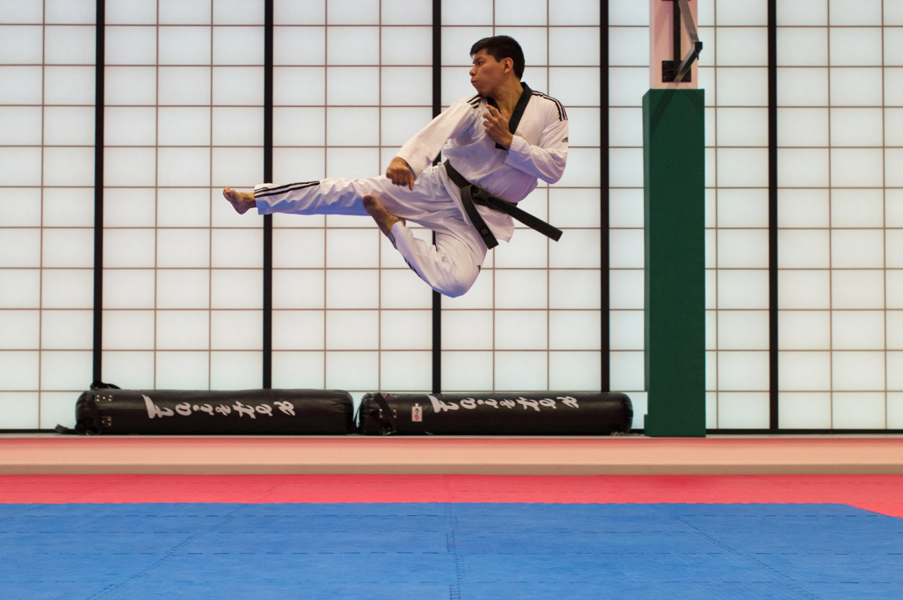 A flying karateka